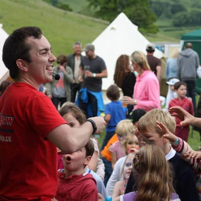 Dorset Midsummer Music Festival with Children's entertainer Jamie Jigsaw web sqr
